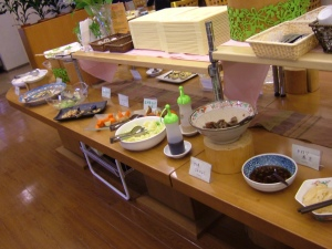 Lunch Buffet at Saishoku Kenbi.